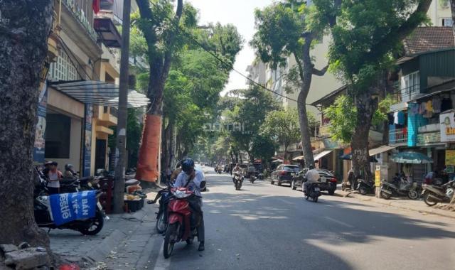 Bán đất mặt phố Lý Nam Đế, quận Hoàn Kiếm 590m2, mặt tiền 10m, sổ đỏ chính chủ pháp lý sạch