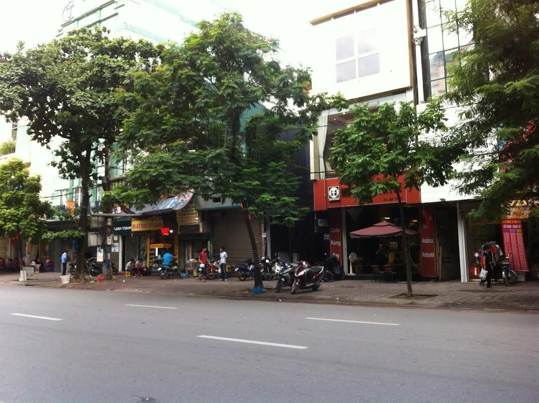 Bán nhà mặt phố Trần Nhân Tông, quận Hai Bà Trưng, Diện tích: 140m2, mặt tiền 7m